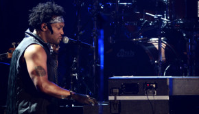d-angelo-bet-awards-2012-story-top