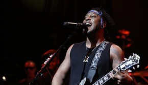 dangelo-apollo-theater-650