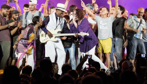 Larry Graham + foule