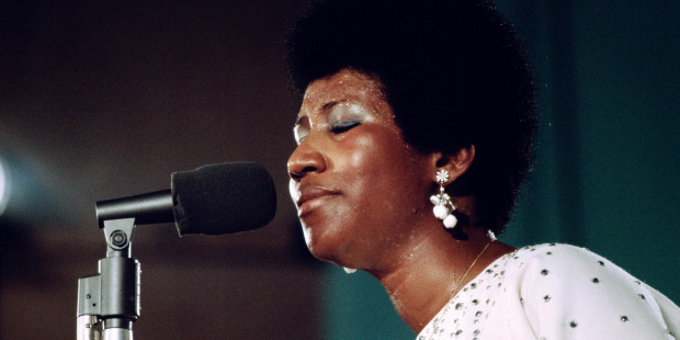 Aretha_Amazing_Grace_Barry_Feinstein_6
